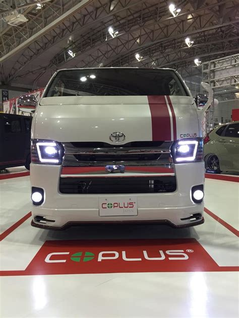 Lu Led Mobil Datsun custom toyota hiace minivan gets led headlights from coplus japan autoevolution