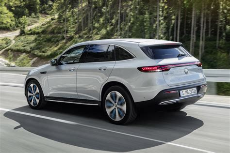 Mercedes Eqc 2019 by Mercedes Eqc Elektro Suv Auf Glc Basis Kommt Mitte 2019