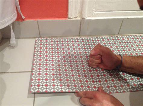 dalle adhesive cuisine changer le sol de sa cuisine en 1 heure d 233 coration