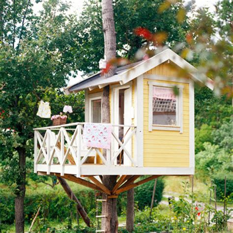 tiny tree house relaxshacks com a gorgeous tiny one tree garden