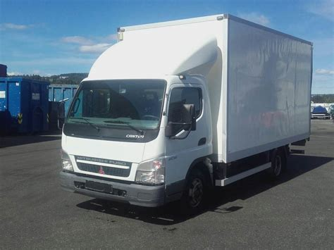 mitsubishi fuso box truck used mitsubishi fuso canter 6c15 box trucks year 2010