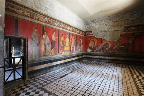 misterio en la villa los frescos de la villa de los misterios pompeya lucen
