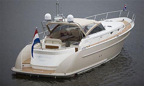 motorjacht vivante vivante yachts rvs beslag aft rvs verzorgen van rvs beslag