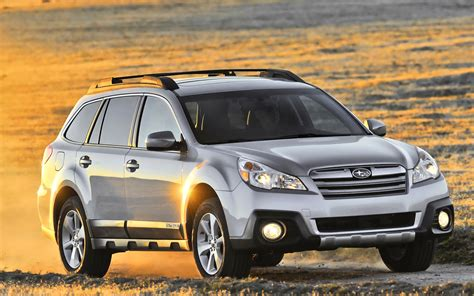subaru suv 2013 2013 subaru outback photo gallery motor trend