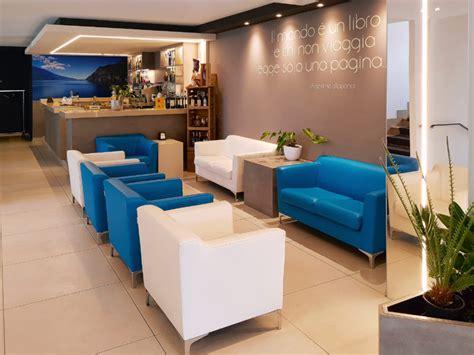divani per hotel loran salotti produzione vendita divani ignifughi hotel