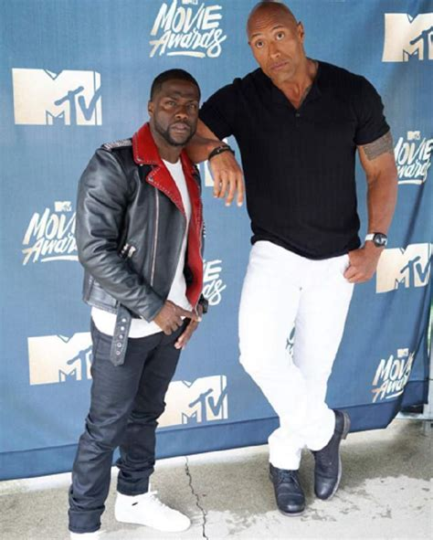 dwayne johnson the rock height kevin hart vs dwayne johnson s height weight how tall