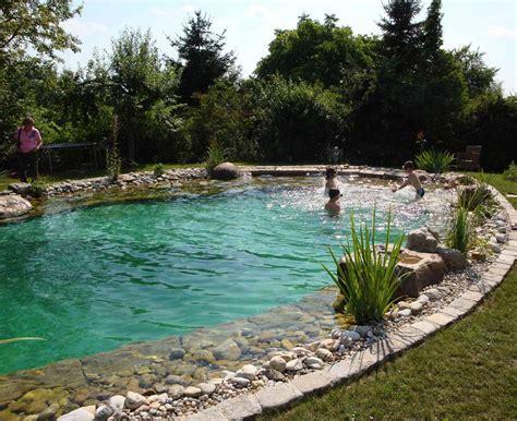 Badeteich Selber Bauen by Schwimmteich Garten Suche Basen