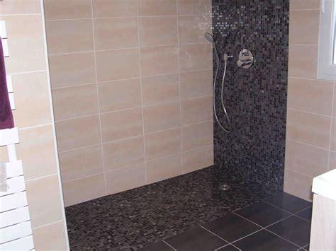 indogate salle de bain avec carrelage ardoise