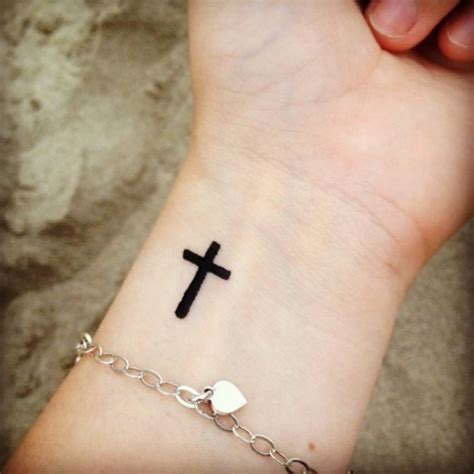 tattoo for girl 133 inspiring cute and small tattoos ideas for girls