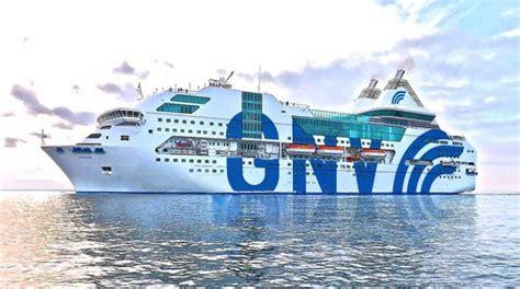isola suprema traghetti sardegna arrivano late check out e sbarco