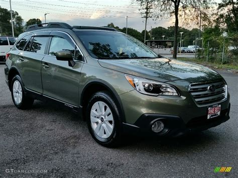 green subaru outback 2017 2016 wilderness green metallic subaru outback 2 5i premium