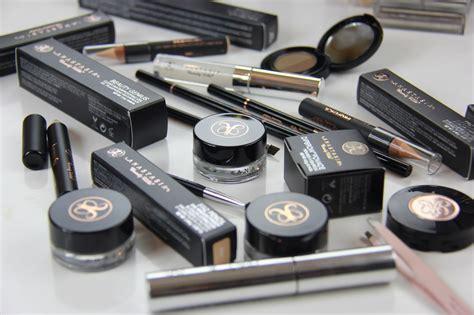 Harga Chanel Makeup Set 5 merk makeup yang banyak digunakan makeup artist di dunia