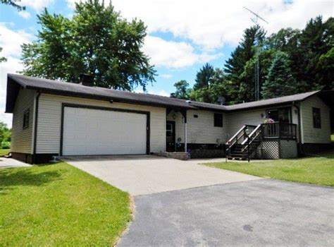 2280 rd black river falls wi 54615 home for sale