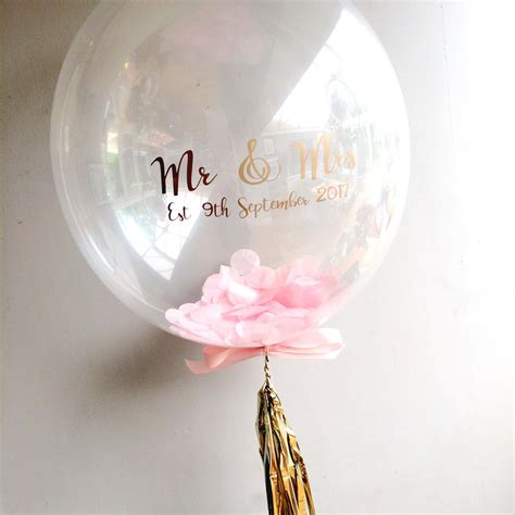 personalised confetti filled bubble balloon think bubble