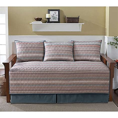 Bed Bath And Beyond Daybed Sets Classics 174 Dover Daybed Bedding Set Bed Bath Beyond