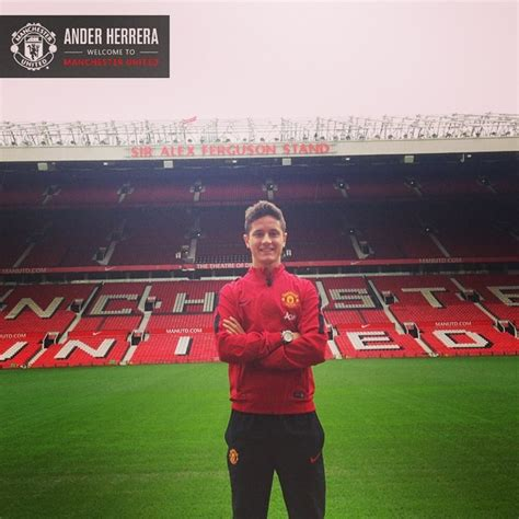 ander herrera manchester united signed manchester united sign ander herrera and luke shaw world