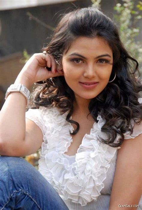 south actress tanya pin re south indian actress hema malini hot bikini