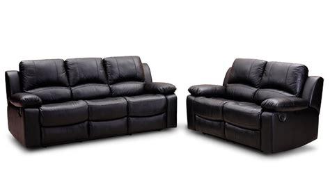come pulire divani in pelle pulire un divano in pelle ecco come fare