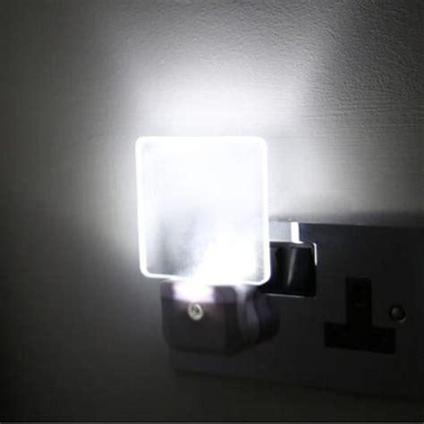 Automatic Control Led Night Light Energy Saving Children Nursery Lights
