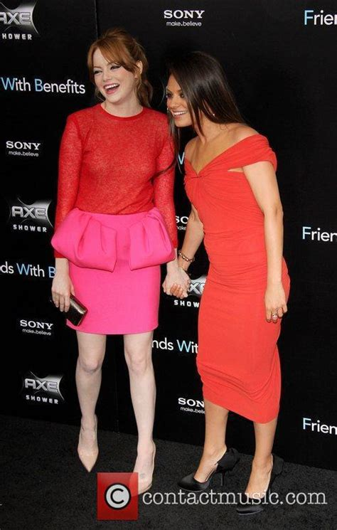 emma stone and mila kunis emma stone new york premiere of friends with benefits
