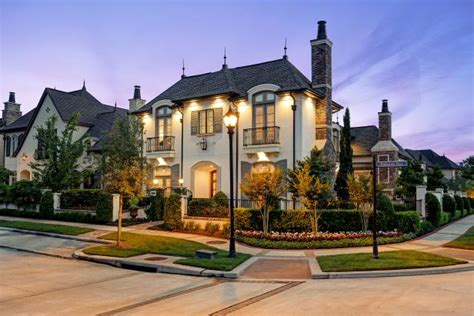 curb appeal episodes tour a magnificent corner home in the woodlands