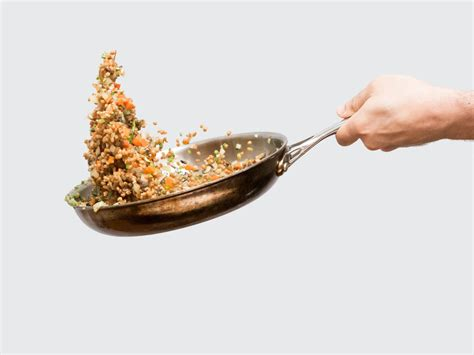 T Chef Souce Pan 1l how to toss food in a pan like a cool pro chef gizmodo