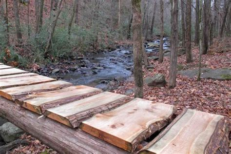 building  small bridge   creek plans diy