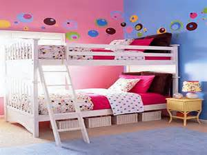 multiple combinations of the blue and pink room ideas