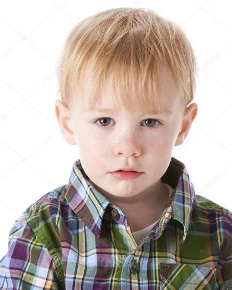 imagenes de tristeza en niños la cabeza del ni 241 o triste ni 241 o fotos de stock 169 jbryson