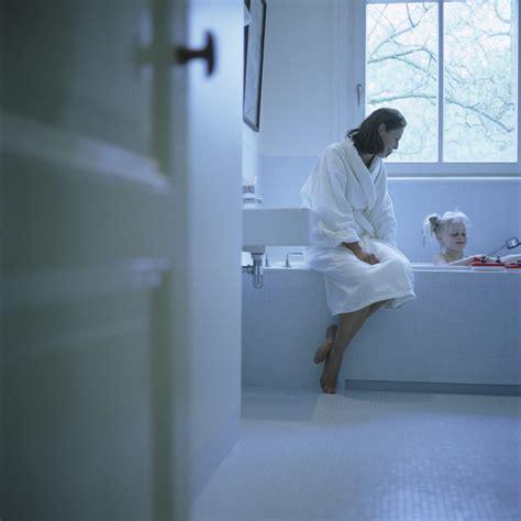 schimmelpilze wohnung schimmelpilze risikofaktor und allergie ausl 246 ser im