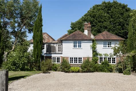 this rundown cottage looks unrecognisable rundown weatherboard cottage renovated into a cosy and
