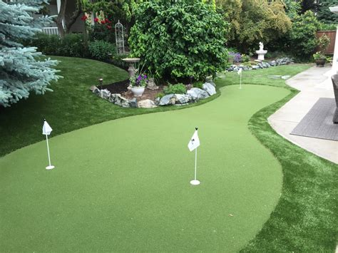 backyard putting green turf backyard oasis autumn fescue np45 synthetic turf
