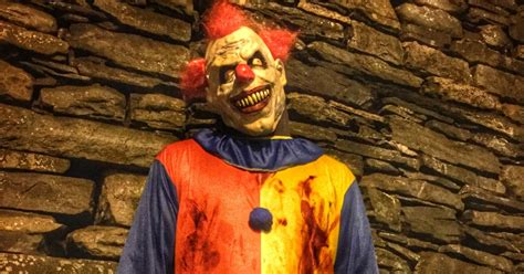 killer clown killer clowns now targets of violence rolling
