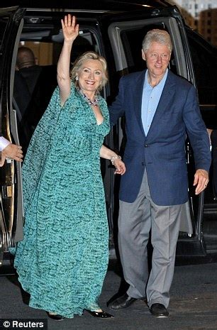 Hillary Clinton S Childhood Home hillary clinton beats husband bill and terrorizes her