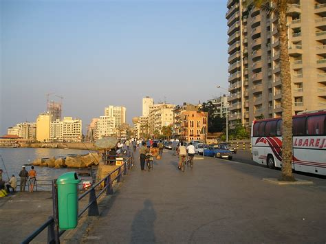 file beirut cartier jpg wikimedia commons file beirutcorniche jpg wikimedia commons
