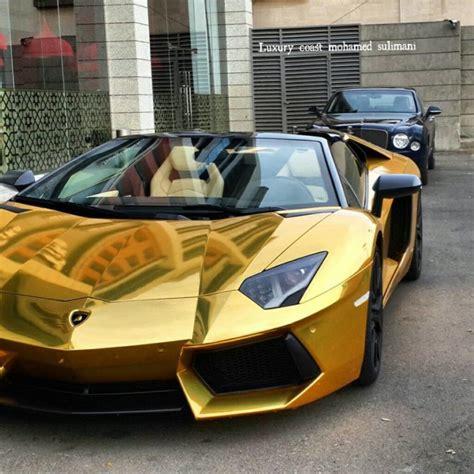 Golden Lamborghini Aventador Roadster in Jeddah, Saudi