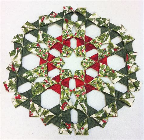 Origami Wreath Ornament - origami wreath ornaments comot