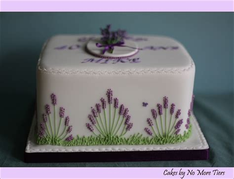 Garden Cake Side Detail Flickr Lavender Cake Side Design With Border Detail Of Piped Roya Flickr