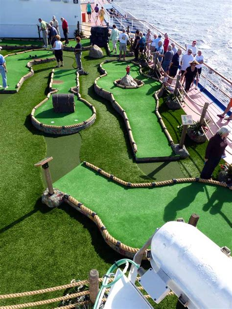 design your dream mini golf course carnival dream mini golf 4