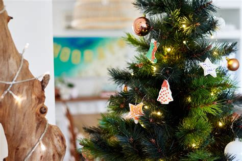 5 kid friendly christmas decorating ideas child