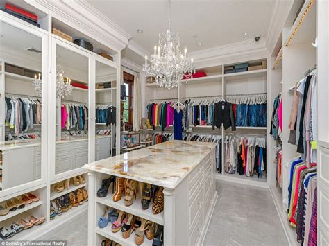 The Closet Uk by Billionaire Puts His 35m Beverly Villa Up For Sale Daily Mail