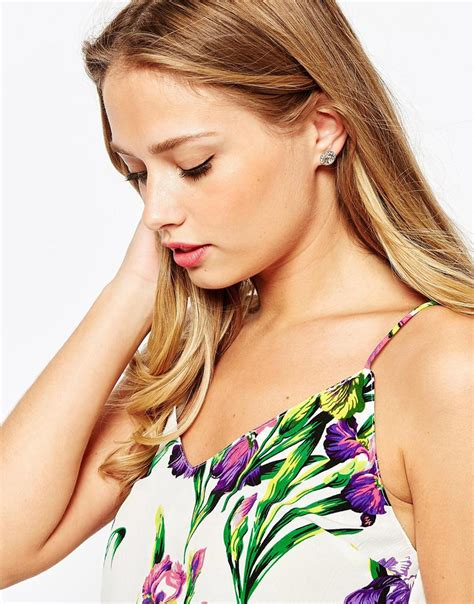 Ted Baker Daisii Silver Colour by Ted Baker Stud Earrings In Metallic Lyst
