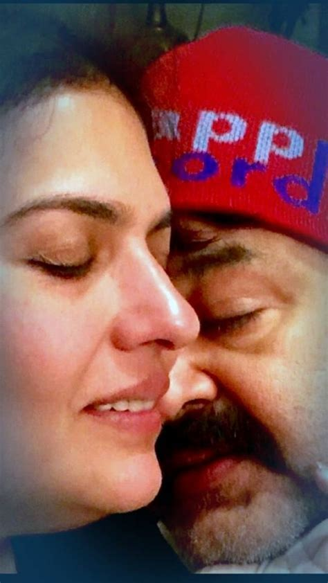 Mohanlal and Suchitra celebrate 28th wedding anniversary