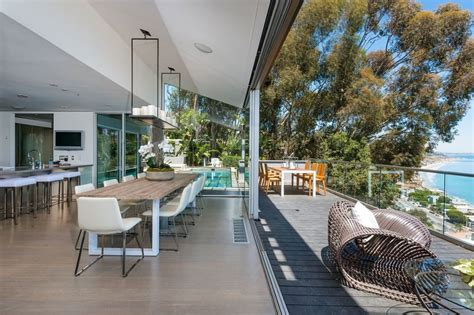 buy a house in malibu update matthew perry gets 10 65m for malibu beach house