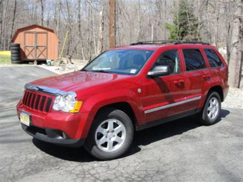 sell used 2010 jeep grand laredo sport utility 4