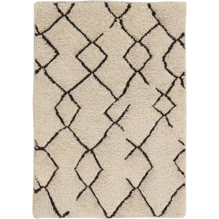 10 X 12 Black And White Geometric Rug by 4 X 6 Black And White Geometric Pattern Rectangular