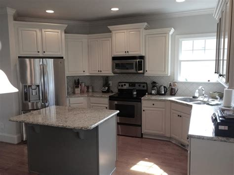 glazed taupe kitchen cabinets magnificent taupe with niveous cabinets stone harbor pinstripe glaze taos