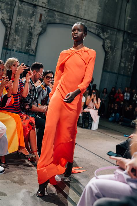 ten highlights of mbfwa bianca spender mbfwa 2018 bianca spender resort 19 karen woo