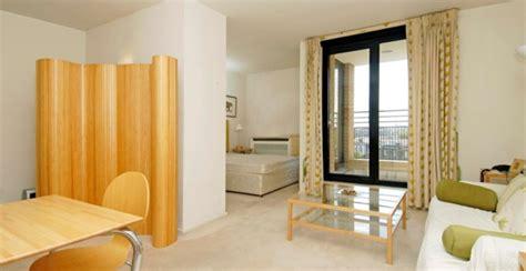 ein zimmer wohnung einrichtungstipps einzimmerwohnung einrichten tolle und praktische
