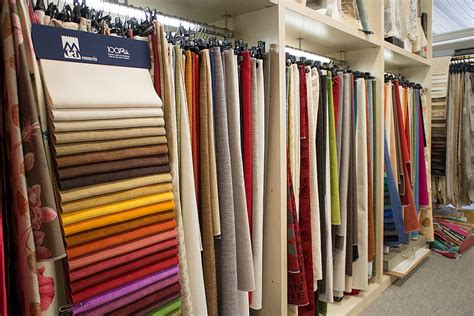 produzione tendaggi tende e tessuti ennetre produzione artigianale divani